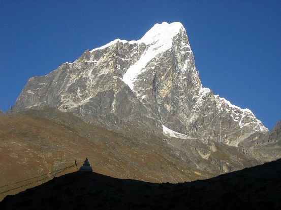cholatse-everest