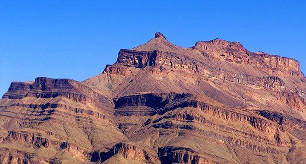 La curiosa orografía de la montaña Jebel Kissane