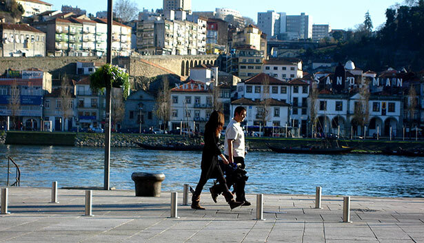 Paseo frente al río Duero