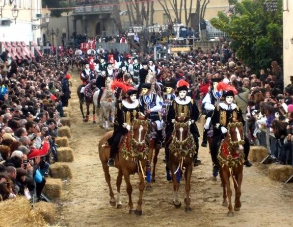 oristano-caballos carnavales