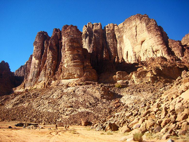 Las imponentes rocas de Wadi Rum