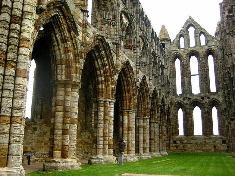 Interior de la abadía de Whitby