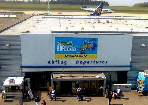 """Aeopuerto """"Ryanair-Frankfurt Hahn"""""""