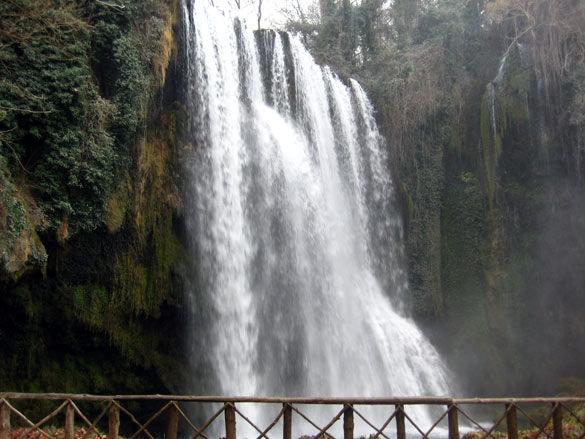 cascada_monasterio_piedra