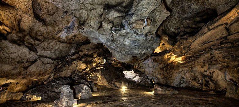 entrada-cueva-castillo