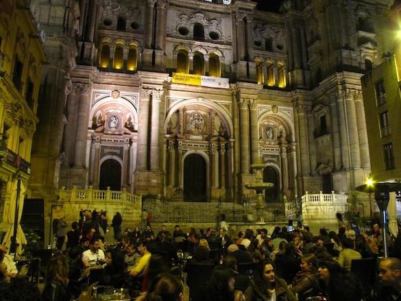 Panorámica de la terraza del Cheers Málaga