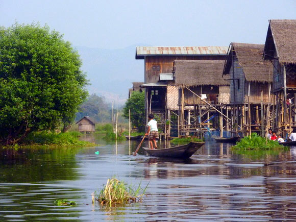 innle-lake-myanmar