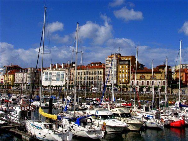 Puerto Deportivo, Gijón, Asturias