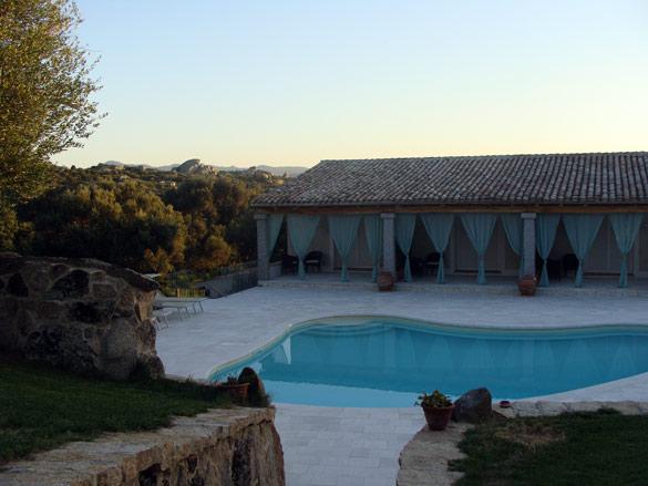 hotel_cerdena_piscina