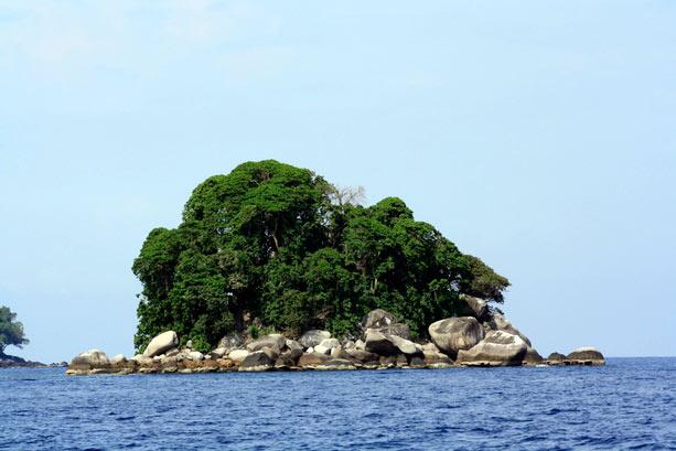 Renggis Island Tioman