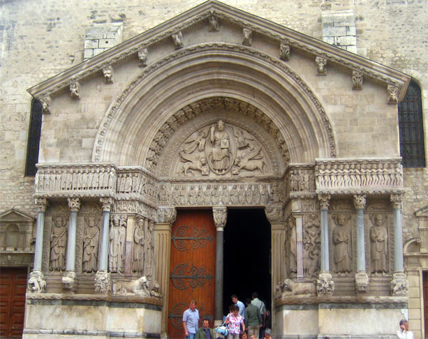 portico_catedral_trophime_arles
