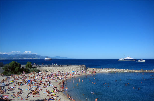 Playas nudistas en antibes france
