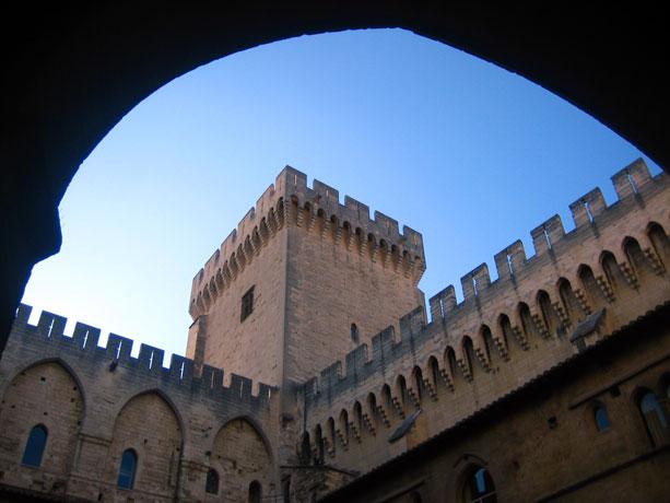 avignon_palacio_claustro
