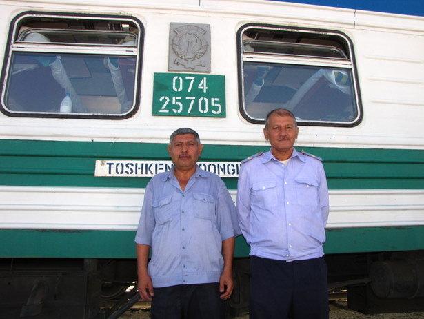 Empleados del Ferrocarril de Uzbekistán
