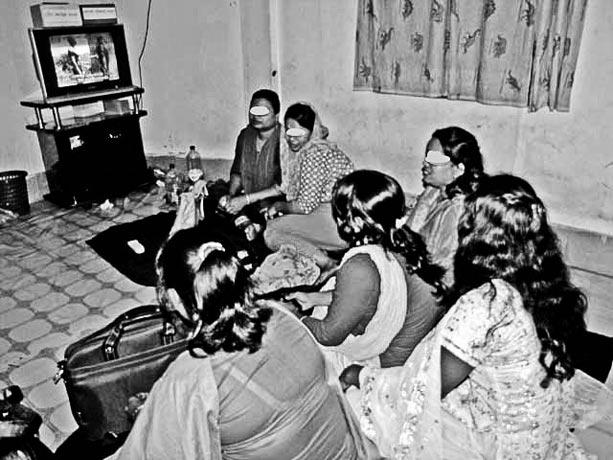 Trabajadoras-sexuales-en-el-SJA-de-Dhaka