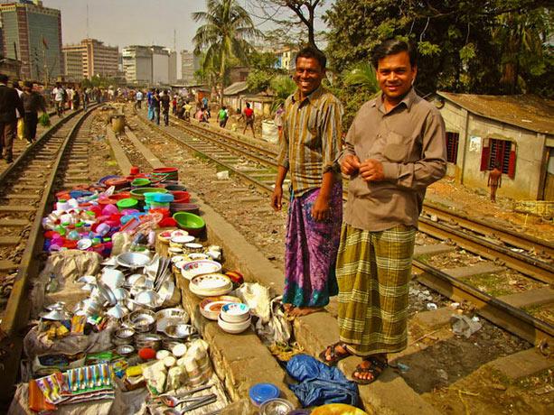 dhaka-via-tren