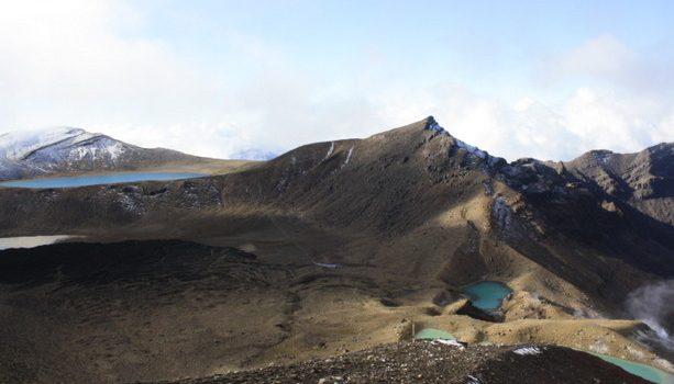 Parque Nacional de Tongariro. Una maravilla los colores de las lagunas y la tierra.