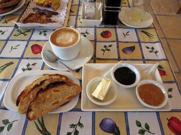 turismo-rural-desayuno