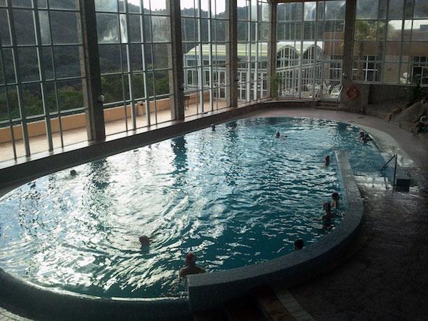 Viajar con ni os al club giverola en tossa de mar - Hoteles con piscina climatizada para ir con ninos ...