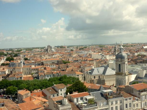 Vistas de la Ciudad Vieja de La Rochelle desde la Torre de La Linterna.