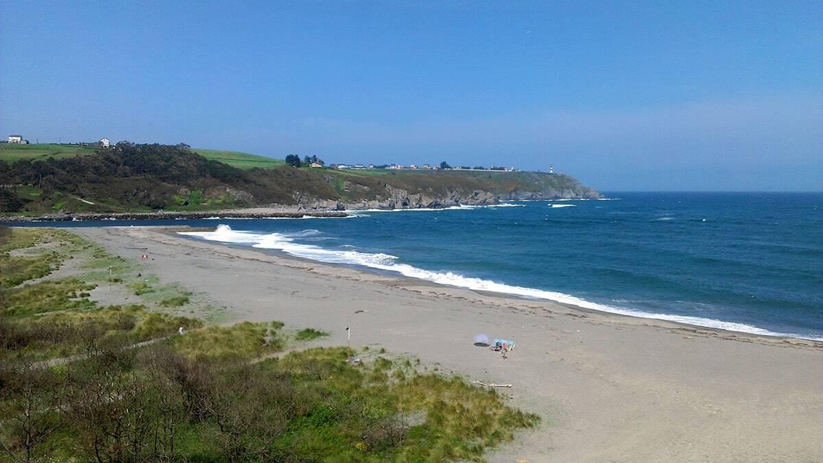 navia playa asturias occidental