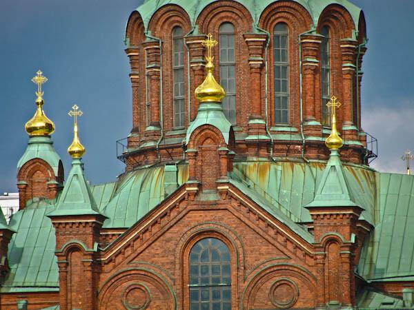Detalle Fachada Catedral Uspensky en Helsinki