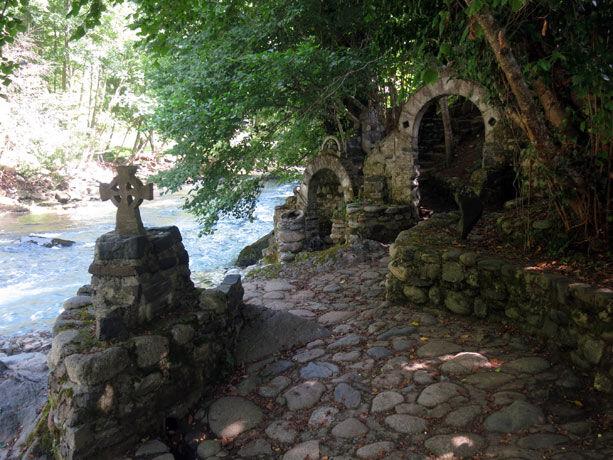 jardin-piedra-cruz