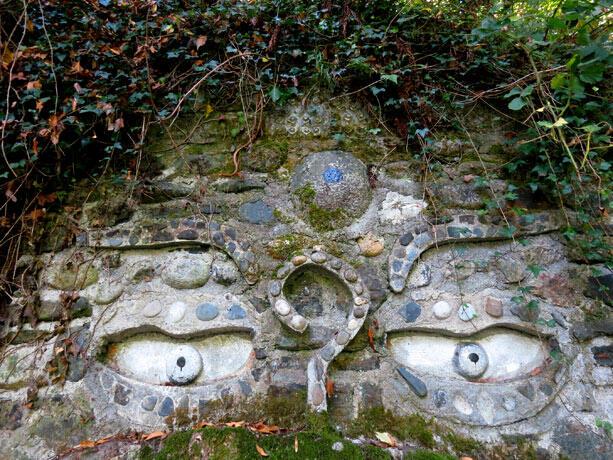 ojos-entrada-jardin