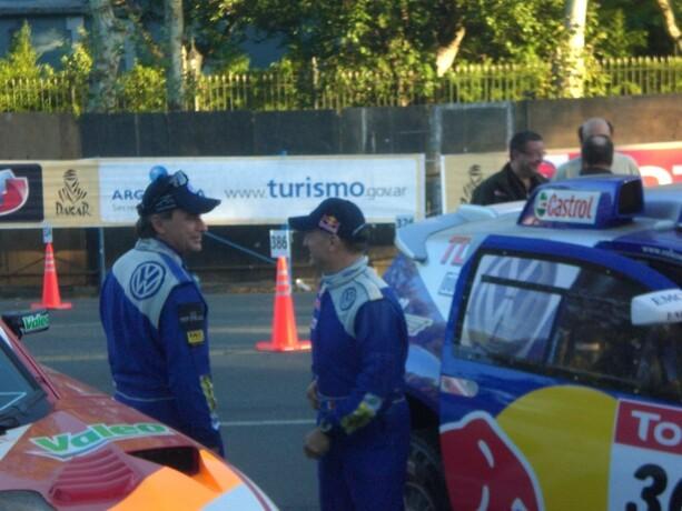 Carlos Sainz fue de los más aclamados en Buenos Aires en 2009. Pero pasó bastante de la afición y acabó abucheado