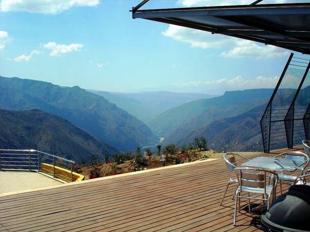 Bonito lugar donde tomarte algo admirando las vistas.