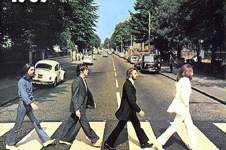 El paso de cebra más famoso del mundo junto a los Beatles