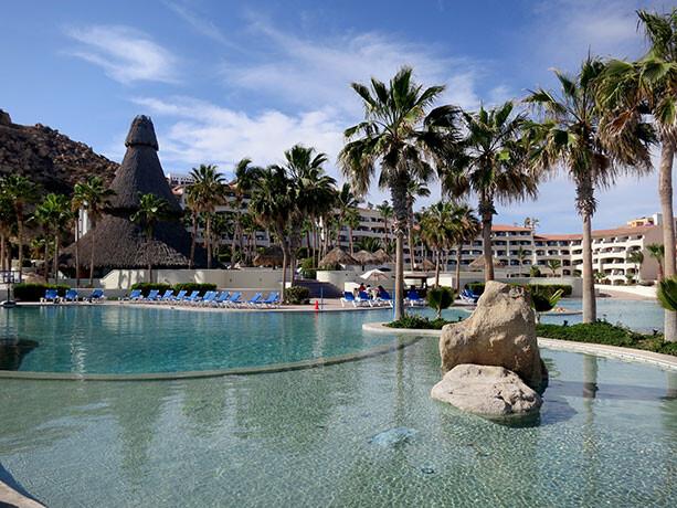 piscina-hotel-finisterra-loscabos