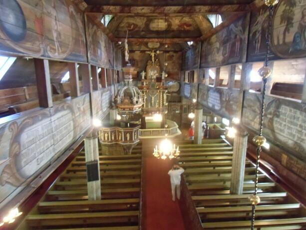Interior de la iglesia de Habo