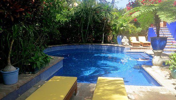 piscina-hotel-california