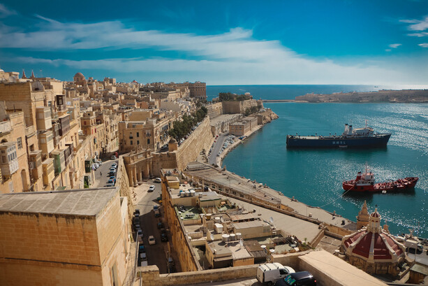 La Valletta desde Upper Barrakka Gardens (al fondo, Lower Barrakka Gardens), Malta