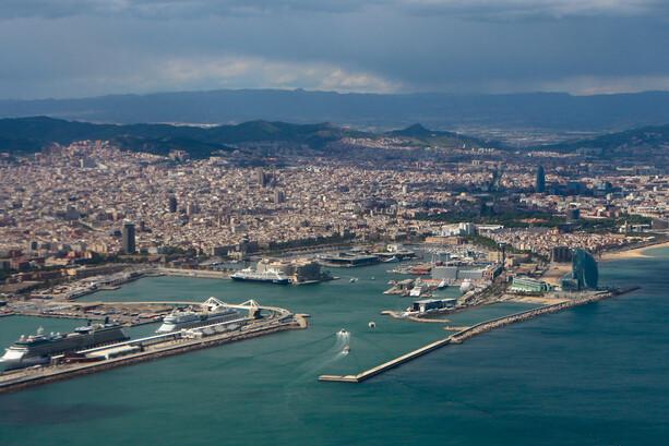 Una foto (ilegal) de Barcelona en la aproximación a El Prat