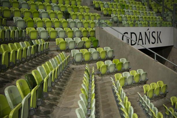 Las verdes gradas del estadio PGE Arena Gdansk