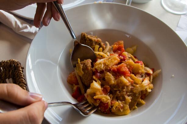 Peix sec de Formentera en amanida pagesa en Restaurante Vogamari