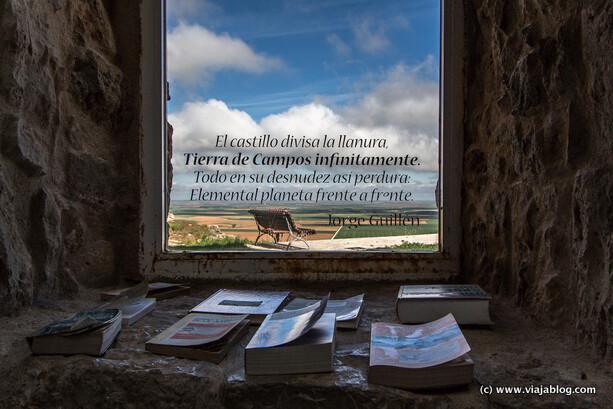 Rincón de Bookcrossing Centro e-Lea Miguel Delibes Urueña Valladolid