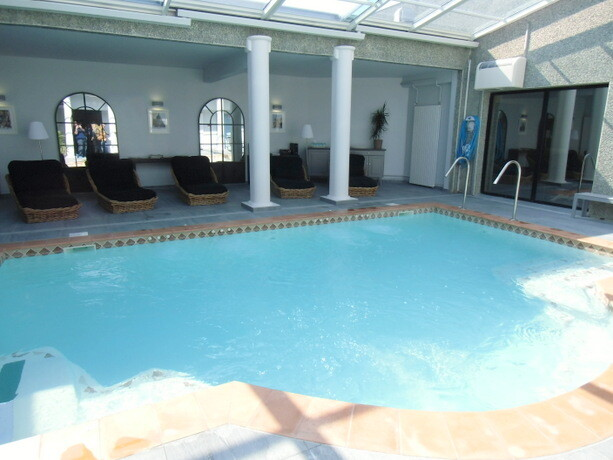 La piscina del spa de Terre de Pastel