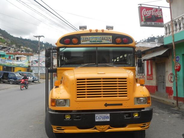 Los famosos chicken bus de Guatemala