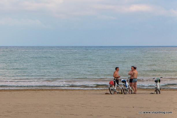 Bicis y playa en Benicassim en Castellón