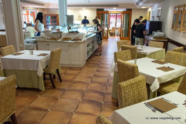 Buffet desayuno Hotel Intur Bonaire Benicassim