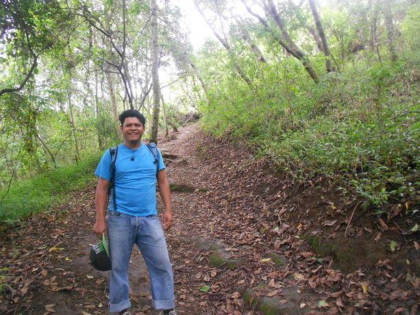 Nuestro guía José al principio de la caminata