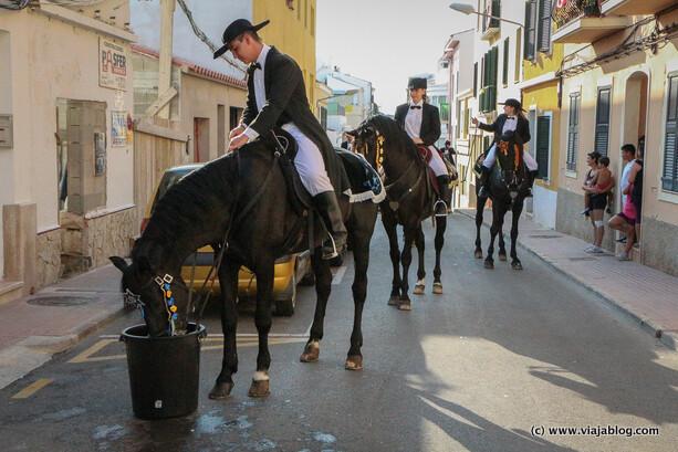 Caballos bebiendo, Fiestas de Sant Jaume, Es Castell, Menorca