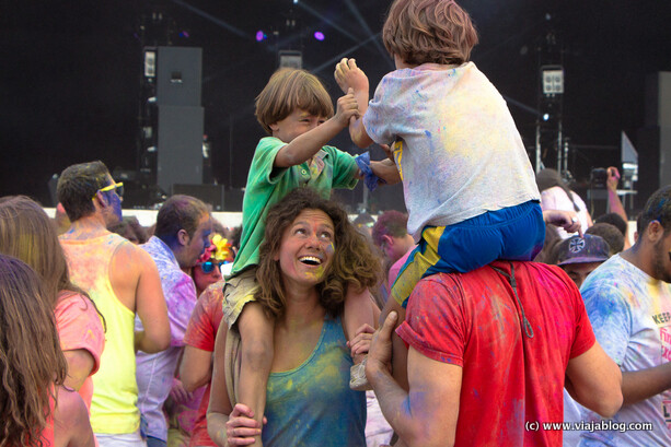 Holi Family, Holi Party, Centro Niemeyer, Avilés