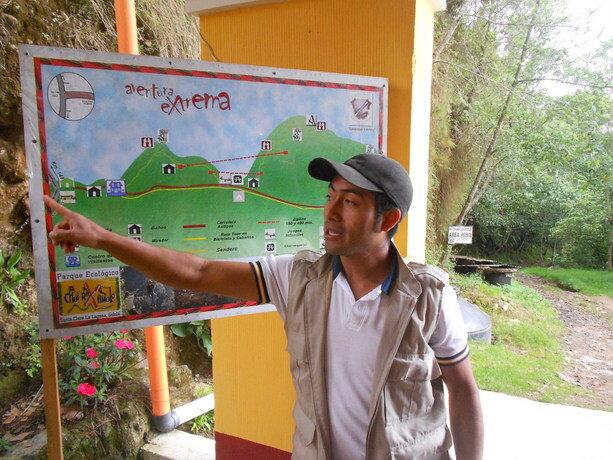 Alex dándonos las explicaciones obre el parque