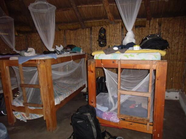 Nuestro dormitorio compartido en el Baobab Beach