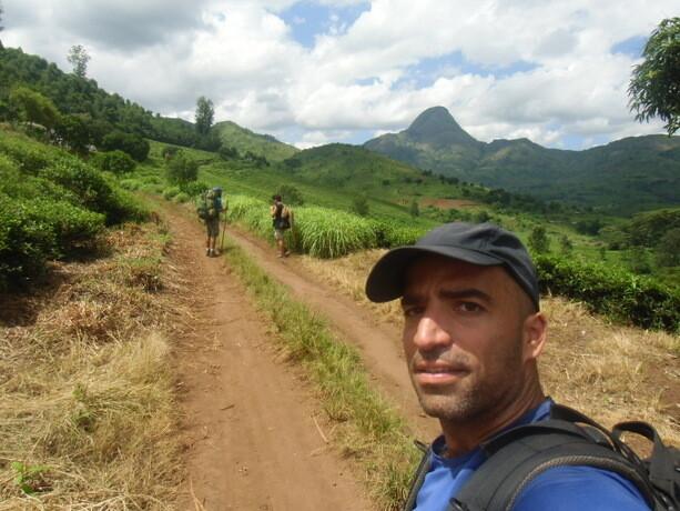 El principio de nuestro trekking por las montañas de Gurué