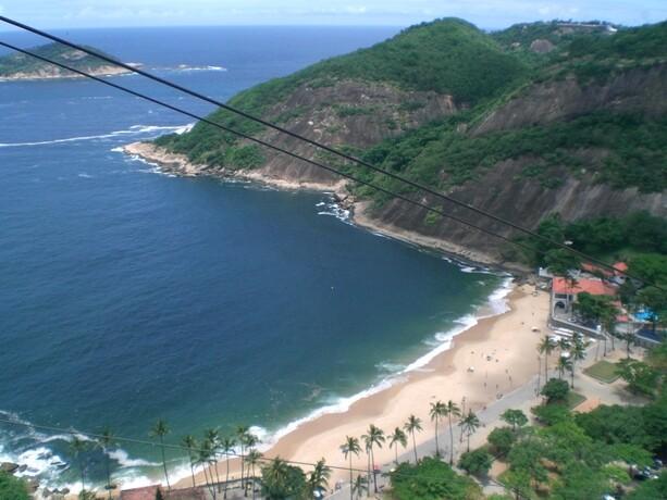 En la playa que estaba justo al lado del Pan de Azúcar de Río también se jugaba al fútbol